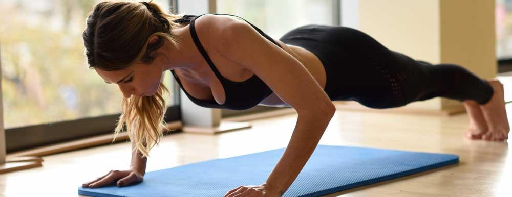 Programme De Musculation Pour Femme A La Maison Meilleurs Exercices